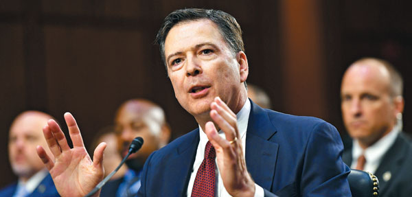 제임스 코미 전 FBI 국장이 지난 8일 미 의회 청문회에서 증언하고 있어요.