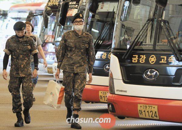 [신문은 선생님] [NIE] [이슈토론] 병사 평일 외출 허용